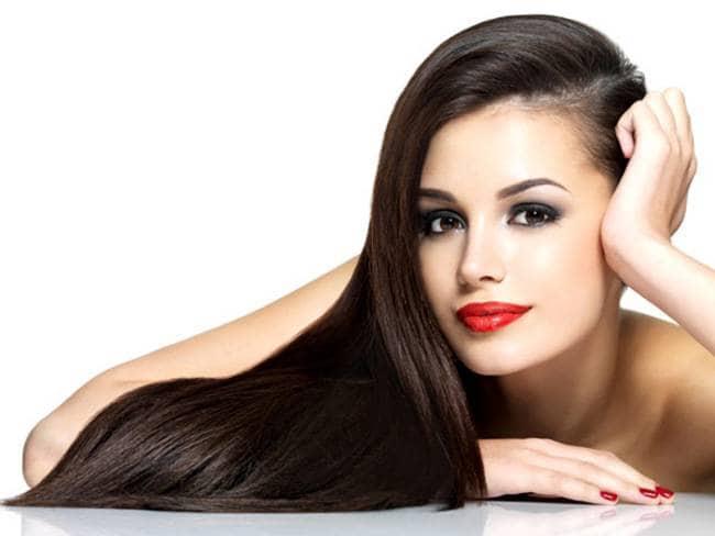 बालों को लंबा और घना बनाने के लिए मेहंदी में मिला ले यह चीज - Ask In Hindi